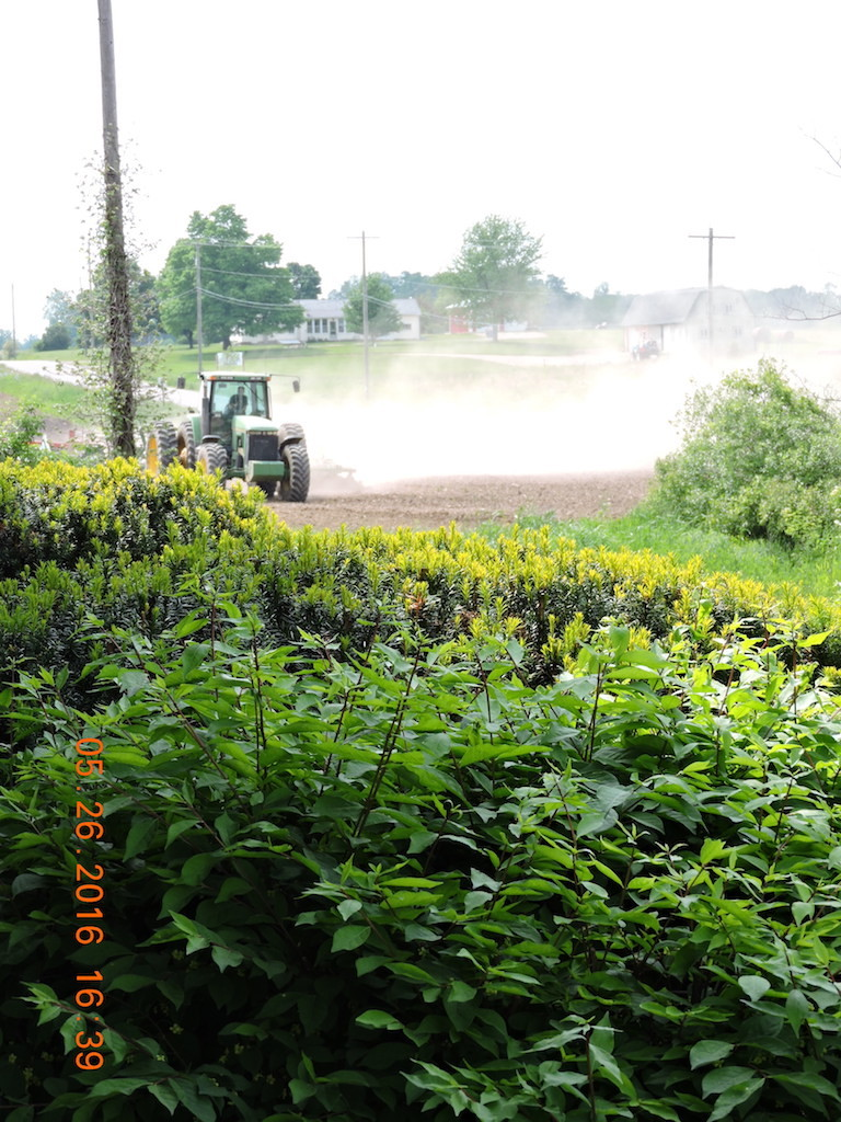 Particulate matter after manure application - Emissions travelling to residences, roadways 5.26.2016