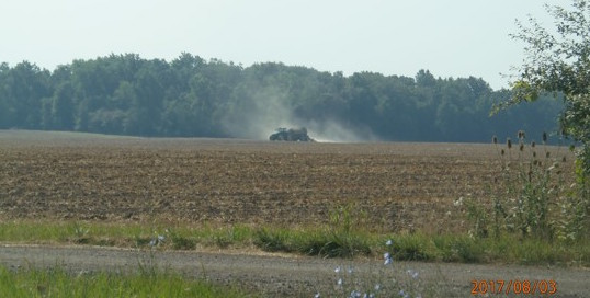 "8.3.17 State Line Farms, manure application at SE corner of Seneca Hwy. and Yankee Rd. Fun Fact: All the other applications today were dairy cow manure, but this one is from a hog CAFO. Can you ""smell"" the difference?"