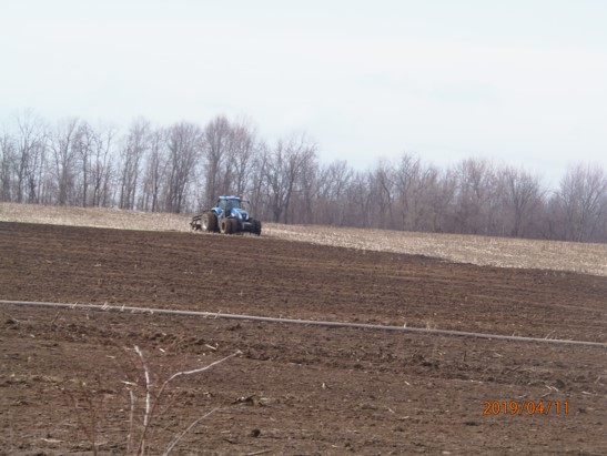 04.11.2019 Dragline hose - Manure application Devils Lake